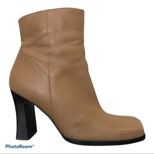 Aldo Leather Boots Carmel Zip Up Above the Ankle